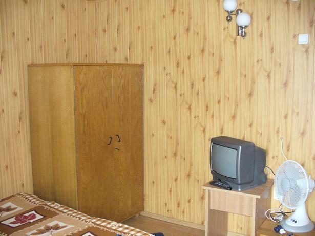 camera 1 etaj